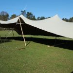 stretchtent-105-x-15-meter-zandkleur-huren-tebe-1